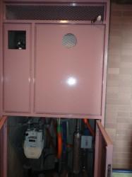 ガス給湯器扉内設置