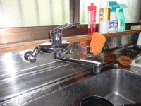 カクダイ製キッチン用シングルレバー水栓