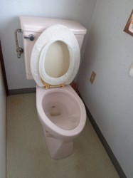 TOTO製トイレ