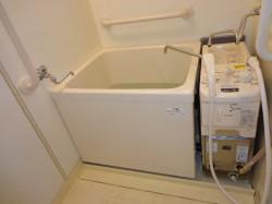 リンナイ製ガス給湯器RBF-A80SN