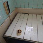 船橋市で壁貫通型給湯器と浴槽の取替。