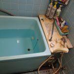 千葉市花見川区の戸建て住宅でバランス釜と浴槽の取替